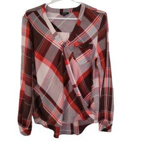 RW&CO  faux rap blouse, large plaid patern small